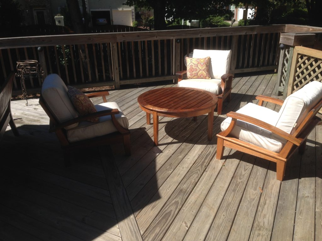 Cleaning Teak Patio Furniture With Oil