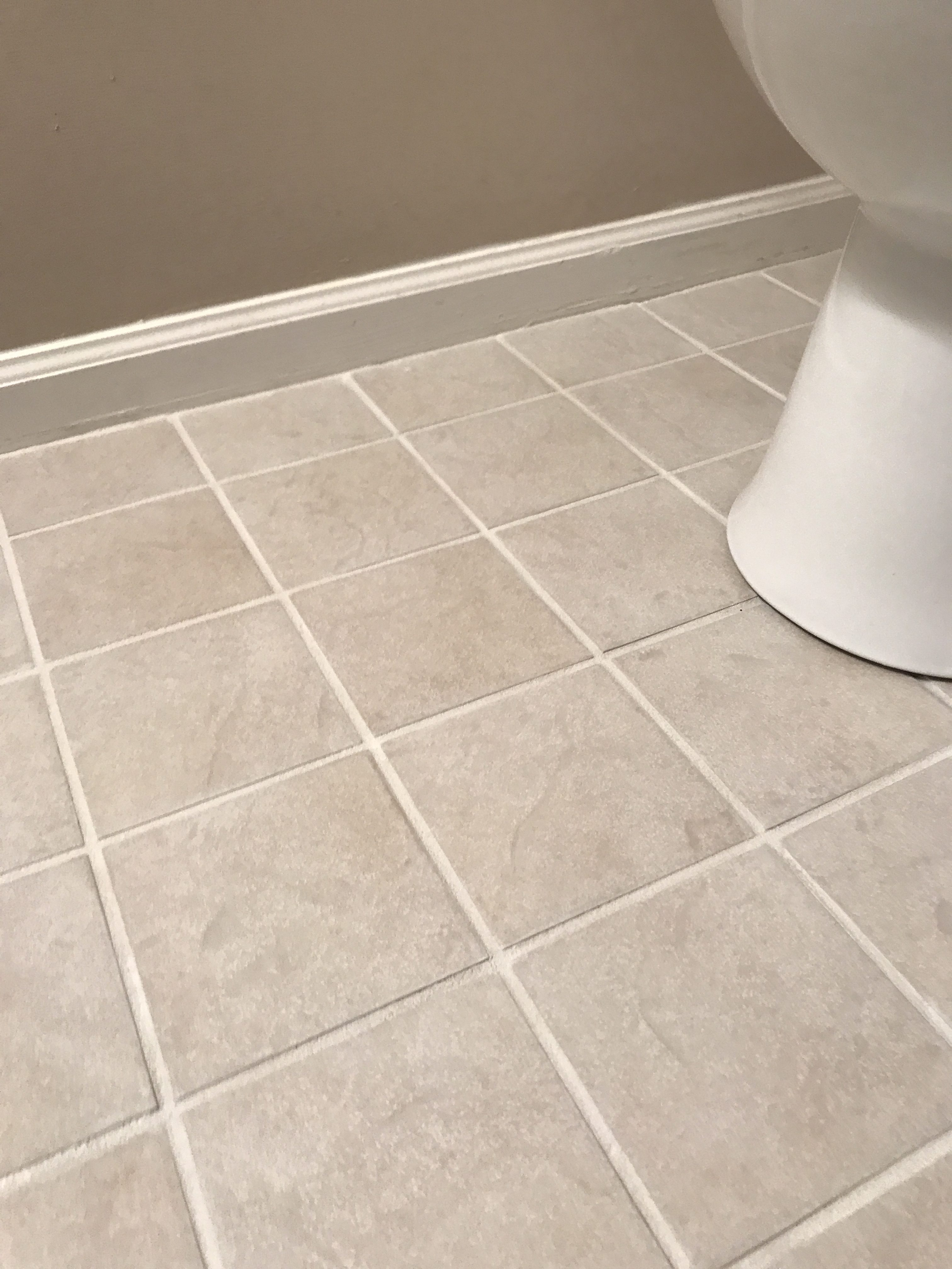 Get rid of ugly grout without ripping up your tile ugly grout makeover diy tile makeover grout renew dailygadgetfo Images